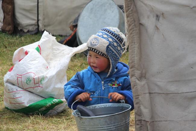 Enfant - Voyage insolite VTT, idées séminaires teambuilding Kirghizie